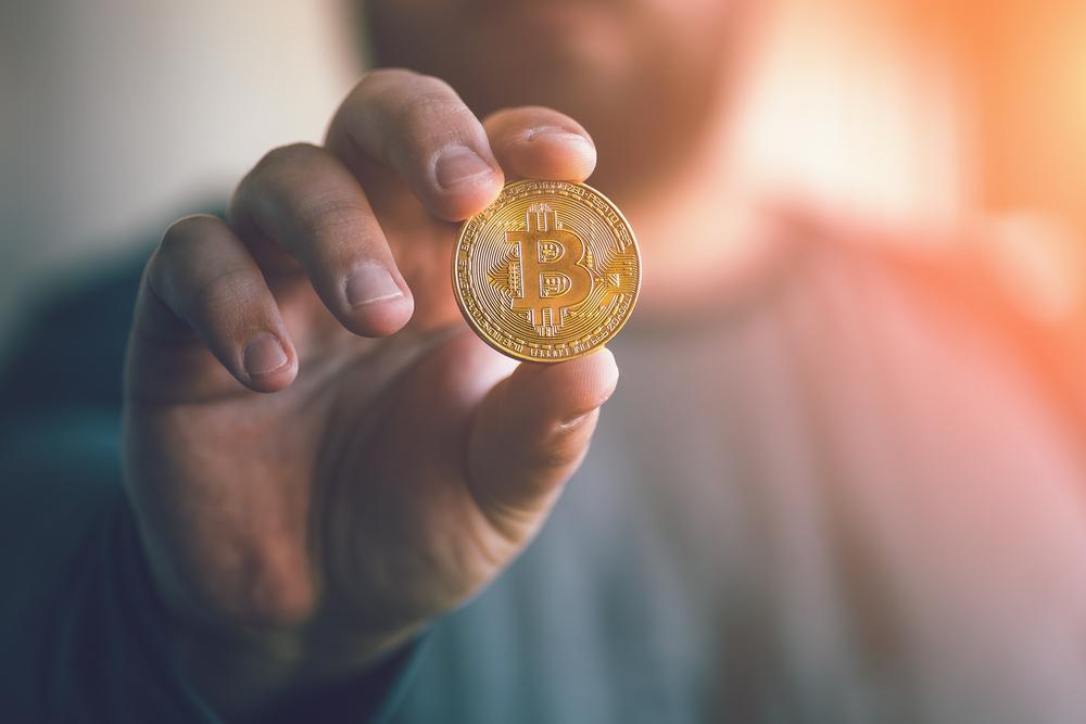 alternatīvā kriptovalūta, kurā ieguldīt